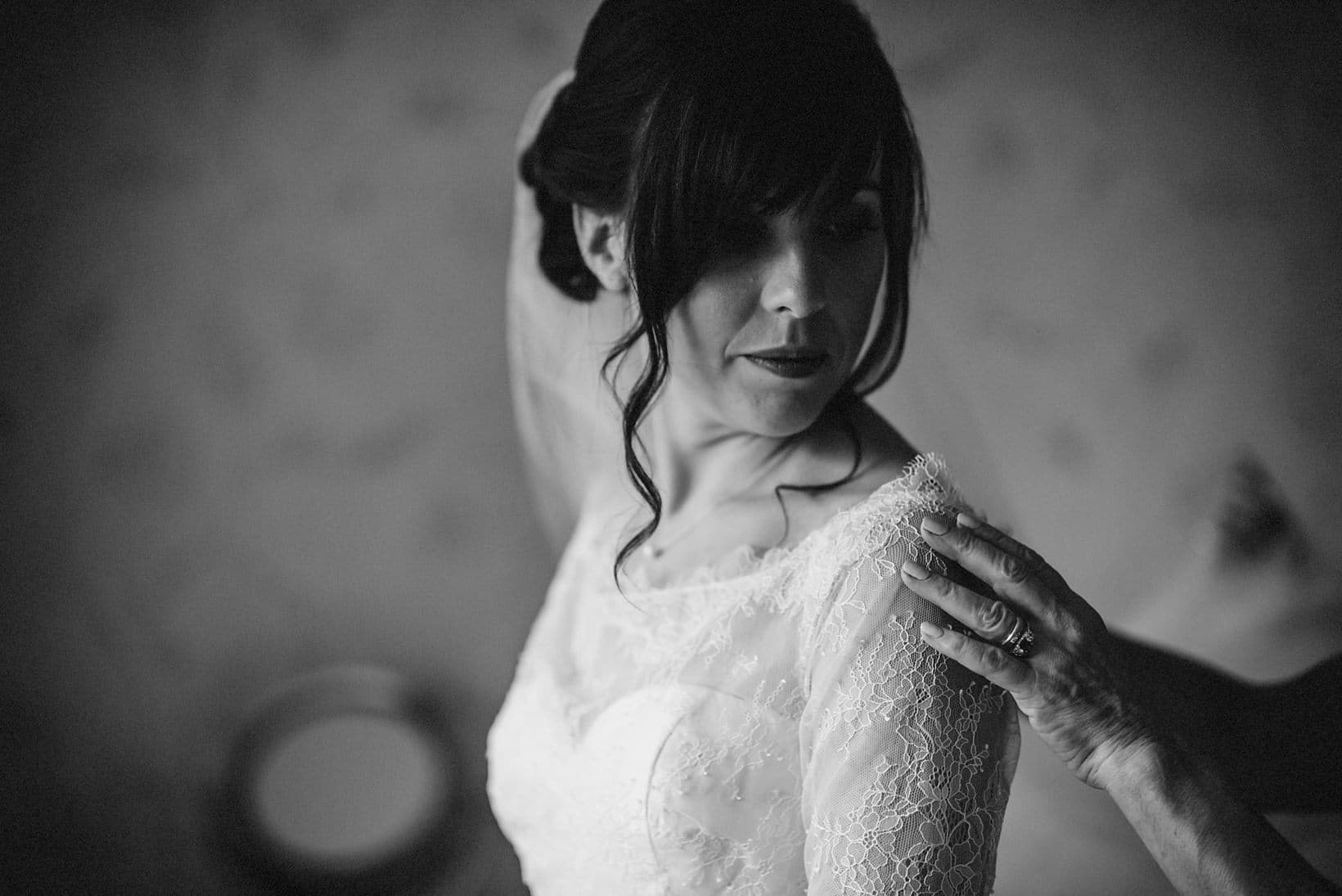 Surrey Wedding Photography Farnham Castle Nichola Johnny 8 of